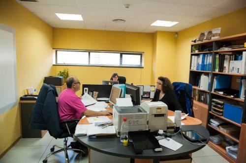 Coordinamos todas las áreas de la empresa para entregar trabajos en tiempo y forma